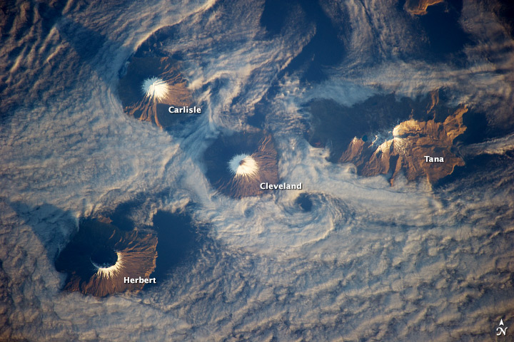 Islands_of_the_Four_Mountains_ISS.jpg