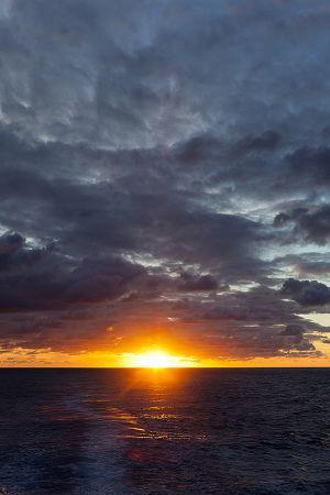 201203_sunset_Sth_Atlantic_0005.jpg