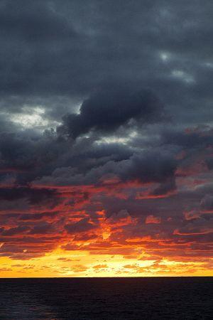 201203_sunset_Sth_Atlantic_0059.jpg